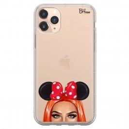 Redhead Girl With Ribbon Coque iPhone 11 Pro Max